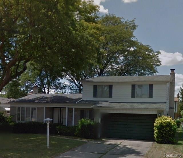 30057 Smith Drive, Warren, MI 48093 (#218075565) :: RE/MAX Classic
