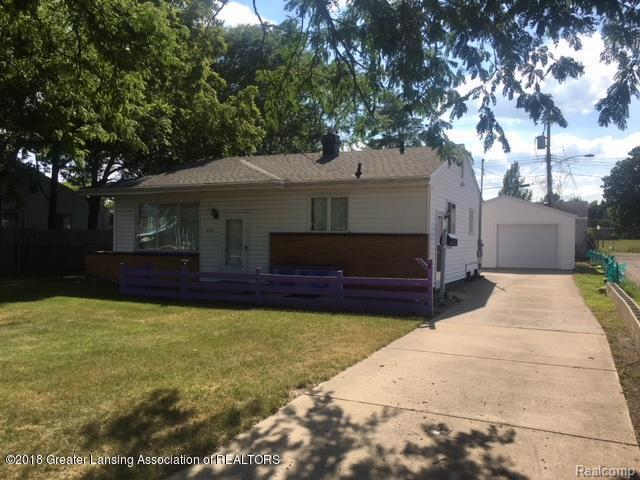 4618 S Pennsylvania Avenue, Lansing, MI 48910 (MLS #630000229303) :: The Toth Team