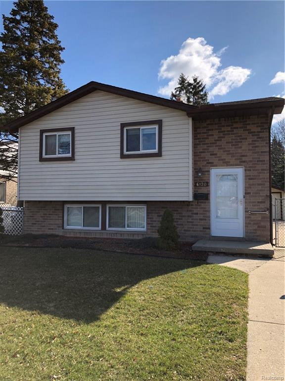 6120 N Beech Daly Road, Dearborn Heights, MI 48127 (#218076526) :: RE/MAX Classic