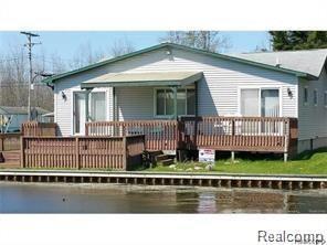 13404 W Shore Drive, Lake Twp, MI 48629 (MLS #218077206) :: The Toth Team