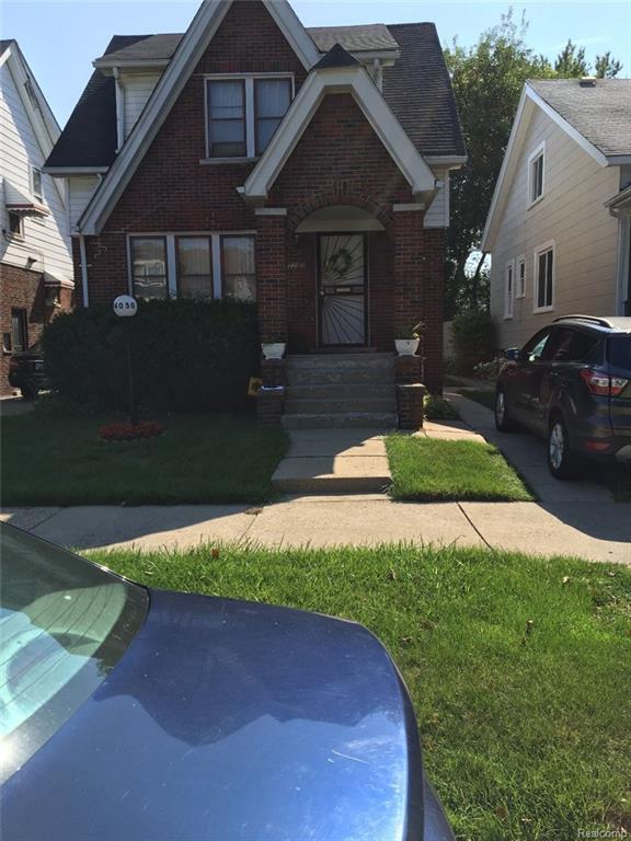 14050 Cloverlawn   Detroit Michigan Street SE, Detroit, MI 48238 (#218078385) :: Keller Williams West Bloomfield