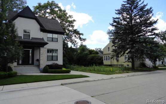 622 E University Avenue, Royal Oak, MI 48067 (#218078485) :: Duneske Real Estate Advisors