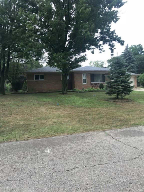 5045 Abbey Lane, Shelby Twp, MI 48316 (#218078608) :: RE/MAX Classic
