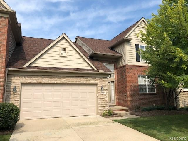 2092 Lafayette Drive, Canton Twp, MI 48188 (#218078853) :: The Buckley Jolley Real Estate Team