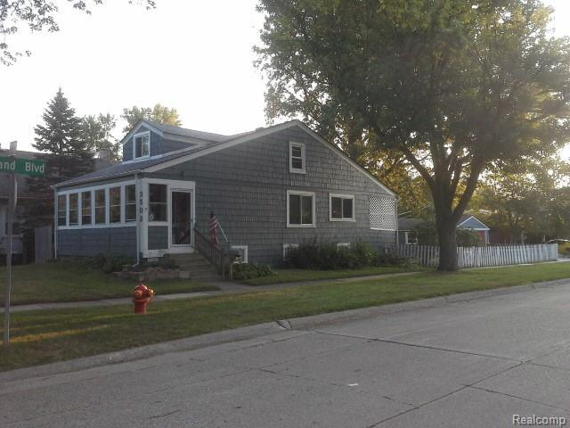 3502 N Main Street, Royal Oak, MI 48073 (#218081432) :: Duneske Real Estate Advisors