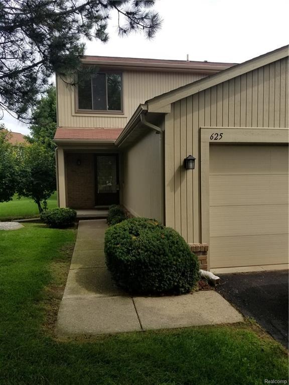 625 Byron, Rochester Hills, MI 48307 (#218083008) :: Duneske Real Estate Advisors