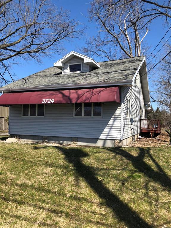 3724 W Saint Joseph Street, Lansing Twp, MI 48917 (#630000229990) :: Duneske Real Estate Advisors