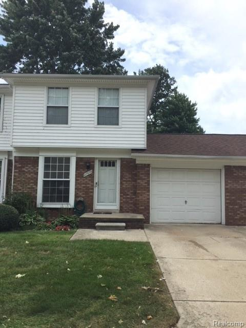 27978 Red Cedar Ln #112, Harrison Twp, MI 48045 (#218084450) :: RE/MAX Classic