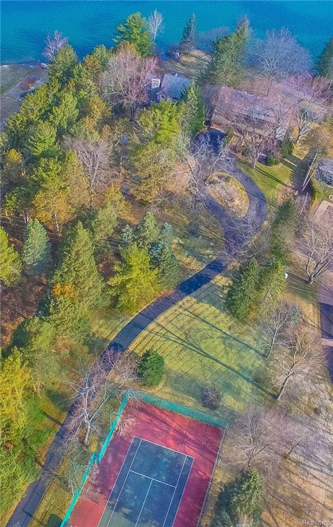 2288 Private Drive, Lake Angelus, MI 48329 (#218084605) :: Duneske Real Estate Advisors
