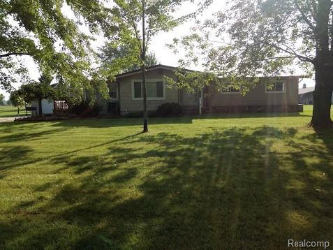 8454 Emmett, Brockway Twp, MI 48097 (#218085560) :: RE/MAX Classic