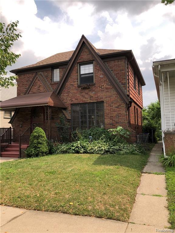 14221 Robertson Street, Dearborn, MI 48126 (MLS #218086544) :: The Toth Team