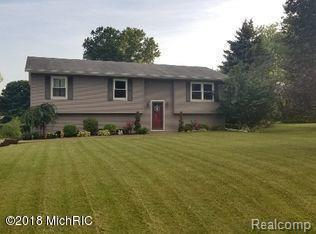 838 Rolling Meadows Drive, Quincy Twp, MI 49082 (#62018043842) :: RE/MAX Vision
