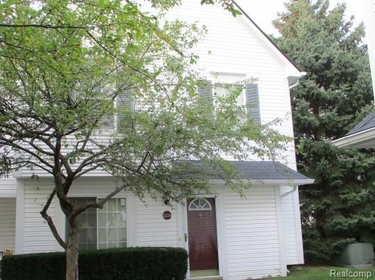 22236 Cape Cod Way, Farmington Hills, MI 48336 (MLS #218086853) :: The Toth Team