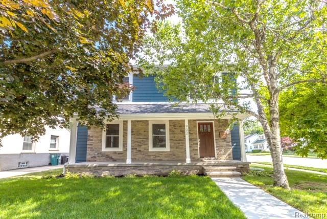 902 Woodsboro Drive, Royal Oak, MI 48067 (#218088482) :: Duneske Real Estate Advisors