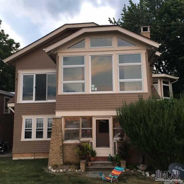 3518 Iroquois Trl, Frenchtown Twp, MI 48162 (MLS #57021357650) :: The Toth Team