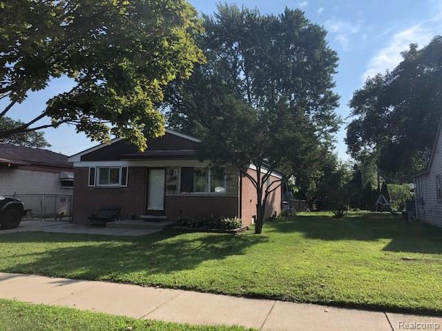 6230 N Gulley Rd, Dearborn Heights, MI 48127 (#218088633) :: RE/MAX Classic