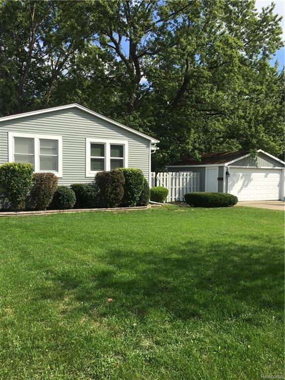 3512 Benjamin Avenue, Royal Oak, MI 48073 (#218089736) :: Duneske Real Estate Advisors