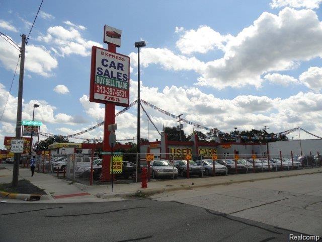 7765 W 8 MILE Road, Detroit, MI 48221 (#218090259) :: GK Real Estate Team