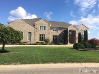 4015 Golf Ridge Drive E, Bloomfield Twp, MI 48302 (#218091315) :: The Mulvihill Group