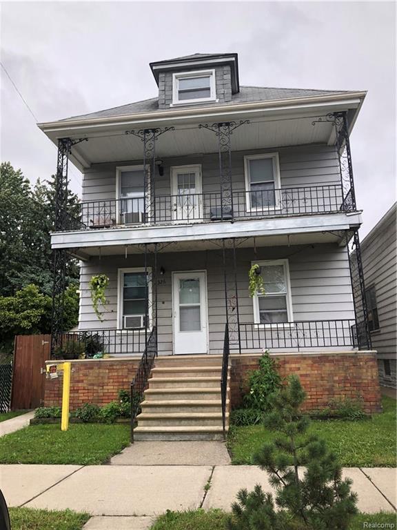 2326 Holmes, Hamtramck, MI 48212 (#218094840) :: Duneske Real Estate Advisors