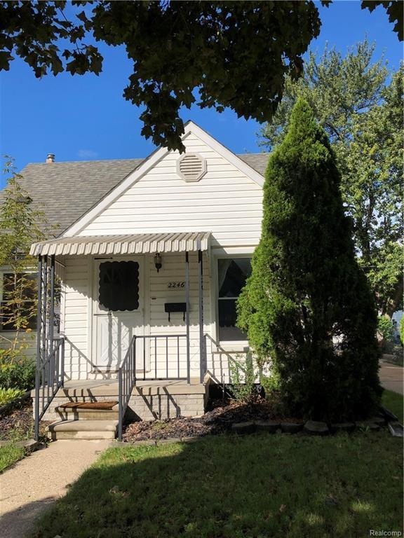 2246 Parker Street, Dearborn, MI 48124 (#218094888) :: RE/MAX Classic