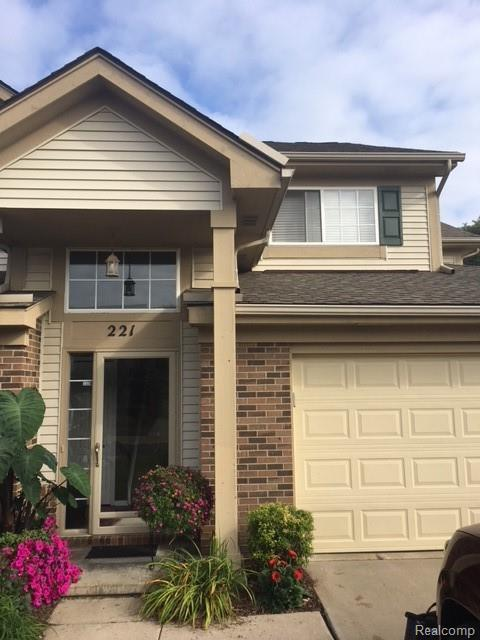 221 N Vista, Auburn Hills, MI 48326 (#218095772) :: RE/MAX Classic