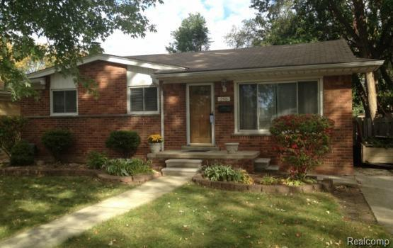 296 Royal Park Lane, Madison Heights, MI 48071 (#218096099) :: RE/MAX Classic