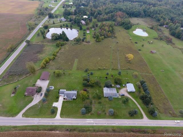2205 N Lake Pleasant Road, Arcadia Twp, MI 48412 (#218096967) :: The Buckley Jolley Real Estate Team