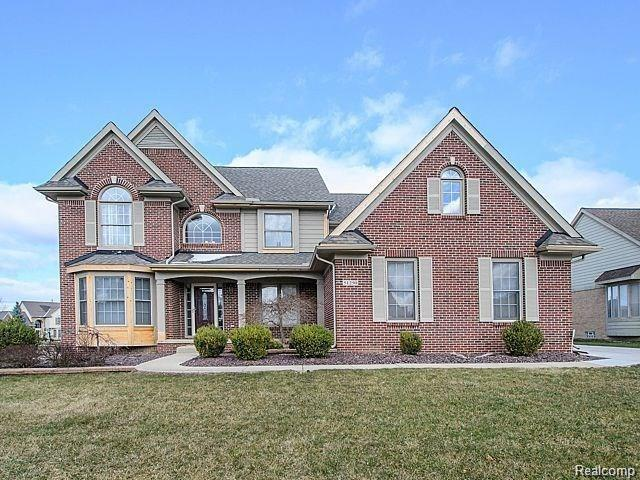 51250 Weston Drive, Plymouth Twp, MI 48170 (#218097810) :: The Mulvihill Group