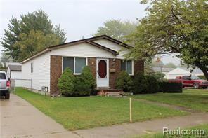 34606 Beaconsfield Street, Clinton Twp, MI 48035 (#218099196) :: Duneske Real Estate Advisors