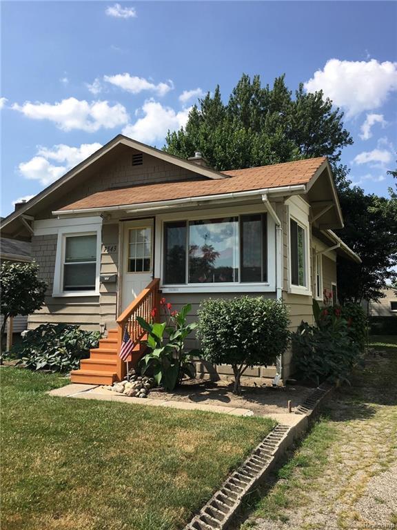 7543 Studebaker Avenue, Warren, MI 48091 (#218099236) :: RE/MAX Vision