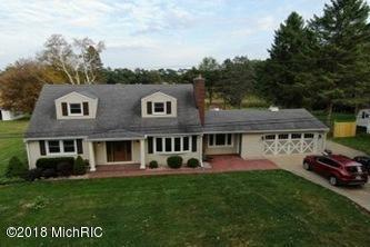 10686 29 MILE RD, Albion Twp, MI 49224 (#53018050469) :: The Mulvihill Group