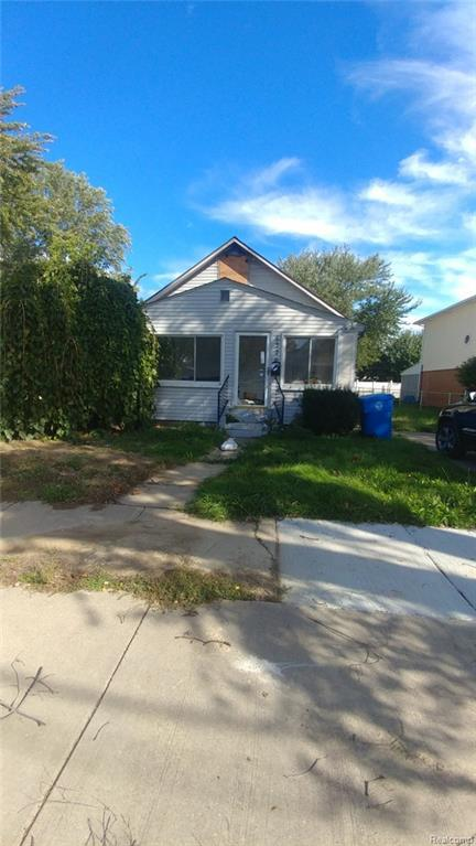6320 Beech Daly Road, Dearborn Heights, MI 48128 (#218100886) :: RE/MAX Classic
