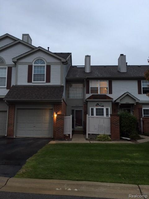 49820 Plymouth Way, Plymouth Twp, MI 48170 (#218102995) :: RE/MAX Classic