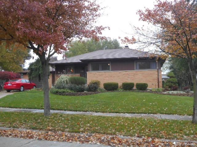 4038 Hillside Drive, Royal Oak, MI 48073 (#218105301) :: RE/MAX Classic