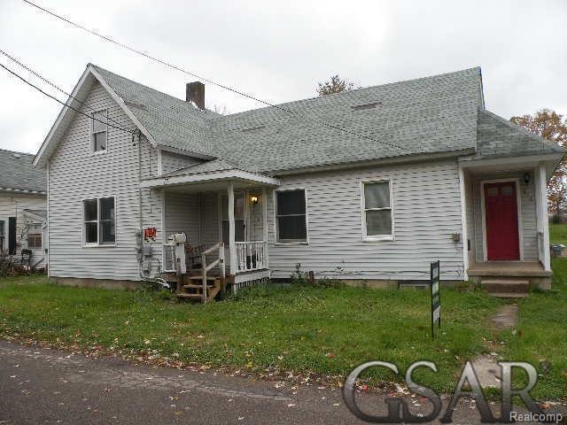 918 Milwaukee, Owosso, MI 48867 (#60031364332) :: The Mulvihill Group
