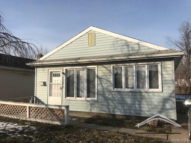 13649 Marshall Avenue, Warren, MI 48089 (#218106604) :: RE/MAX Classic