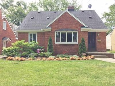 2756 Buckingham Avenue, Birmingham, MI 48009 (#218107080) :: RE/MAX Classic