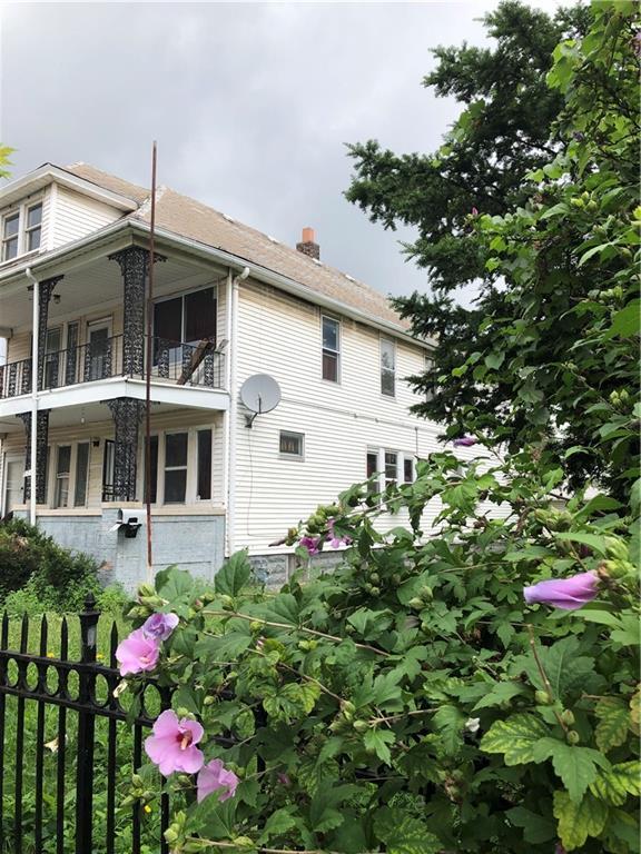 9316 Dubois Street, Hamtramck, MI 48212 (#218107498) :: RE/MAX Classic