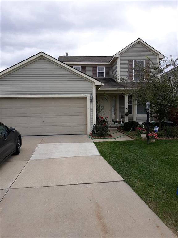 5177 Sandalwood, Grand Blanc Twp, MI 48439 (#50100004482) :: The Mulvihill Group