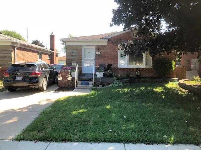 8961 Niver Avenue, Allen Park, MI 48101 (#218109359) :: Duneske Real Estate Advisors