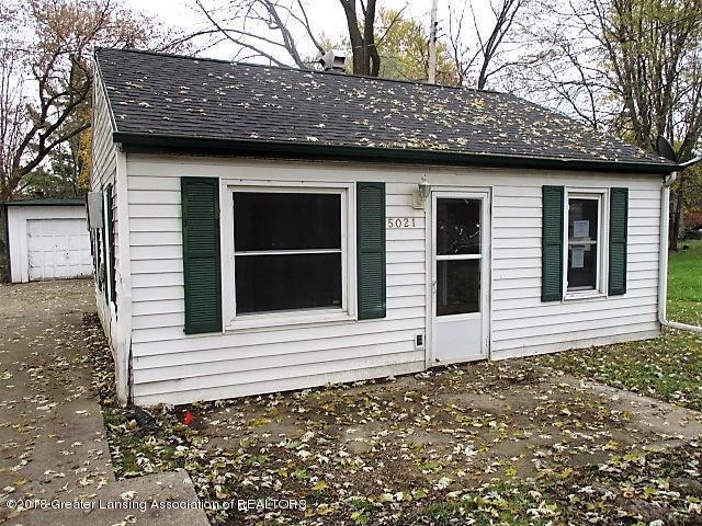 5021 Christiansen Road, Lansing, MI 48910 (#630000232116) :: Duneske Real Estate Advisors