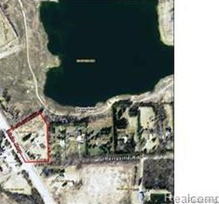 12637 Dixie Highway, Groveland Twp, MI 48442 (#218111133) :: The Buckley Jolley Real Estate Team