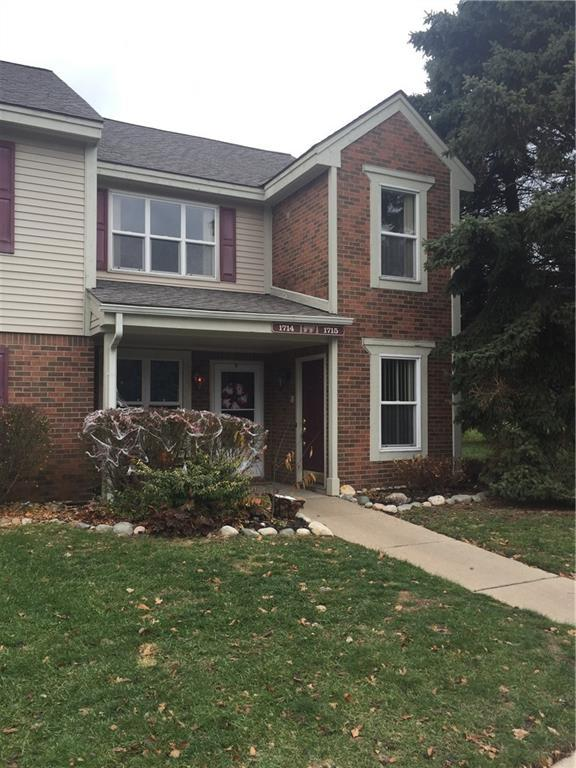 1715 Melville Dr, Rochester Hills, MI 48307 (#218111700) :: The Mulvihill Group
