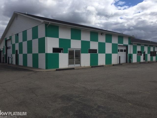 1486 Michigan Road, Port Huron Twp, MI 48060 (#58031339072) :: RE/MAX Nexus