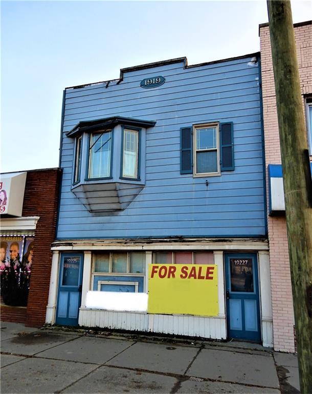 19227 W Warren Avenue, Detroit, MI 48228 (MLS #218114861) :: The Toth Team