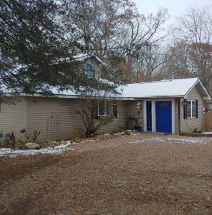 576 Half Acre Drive, Milford Twp, MI 48380 (#218116316) :: The Mulvihill Group