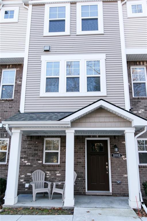 1091 N Sherman Dr #3, Royal Oak, MI 48067 (#218116599) :: The Buckley Jolley Real Estate Team