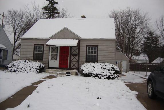 2326 Copeman Boulevard, Flint, MI 48504 (#218117570) :: RE/MAX Classic
