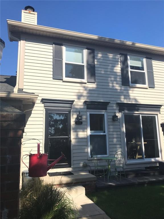 41125 Southwind Drive, Canton Twp, MI 48187 (#218117947) :: The Buckley Jolley Real Estate Team